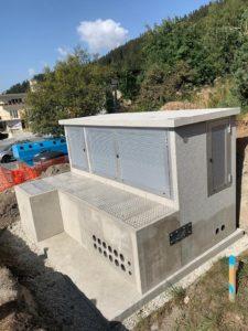 Station transformatrice avec local télégestion / entrée du transfo par la chambre sans enlever le toit / dalles en alu carrosables